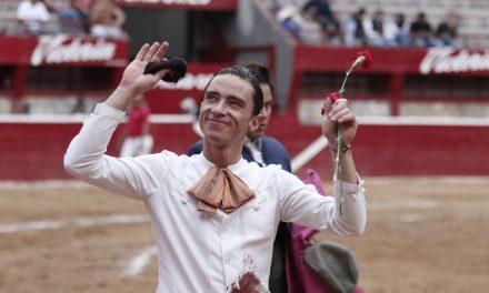 Mendoza cortó una oreja en el festival de Morelia