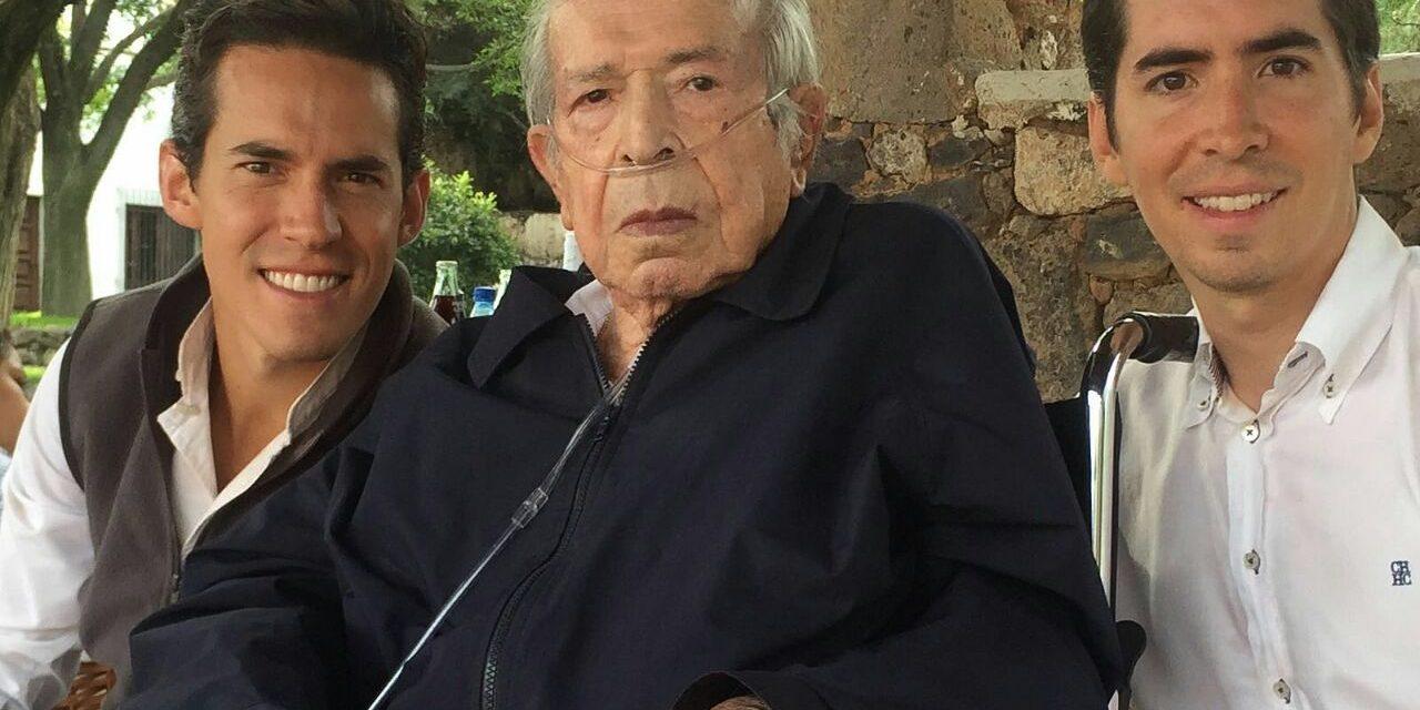 El maestro Juan Silveti se encuentra hospitalizado
