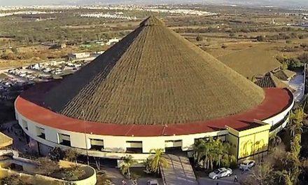 """Toros en el lienzo charro """"El Pitayo"""", en Querétaro"""