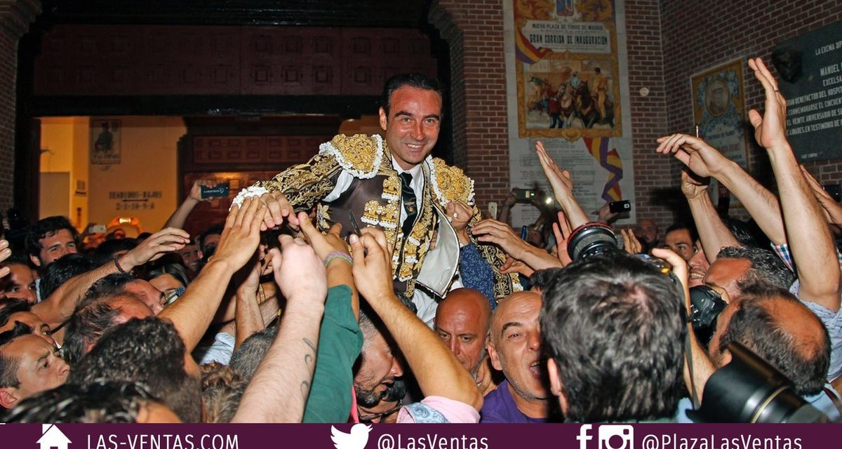 15 años después Enrique Ponce abre la Puerta Grande de Madrid