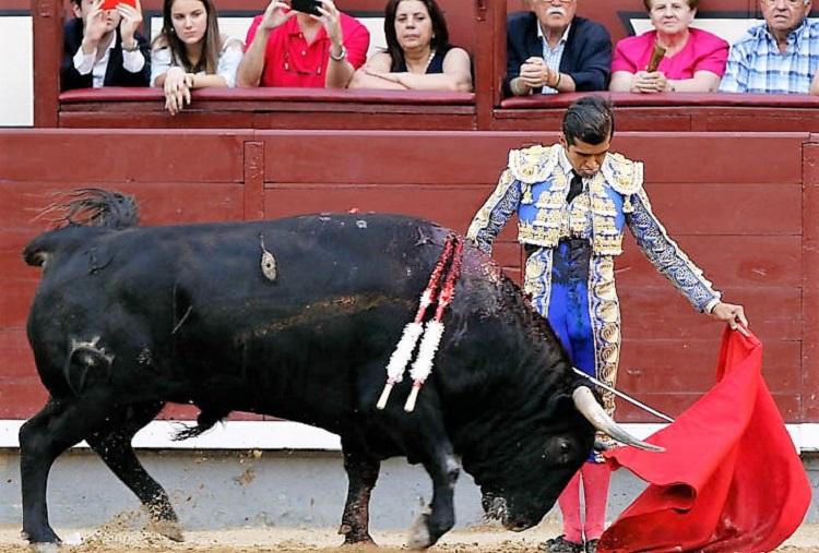 Joselito Adame va por la Puerta Grande