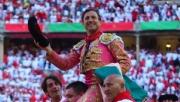 Rafaelillo triunfa en la última de Pamplona