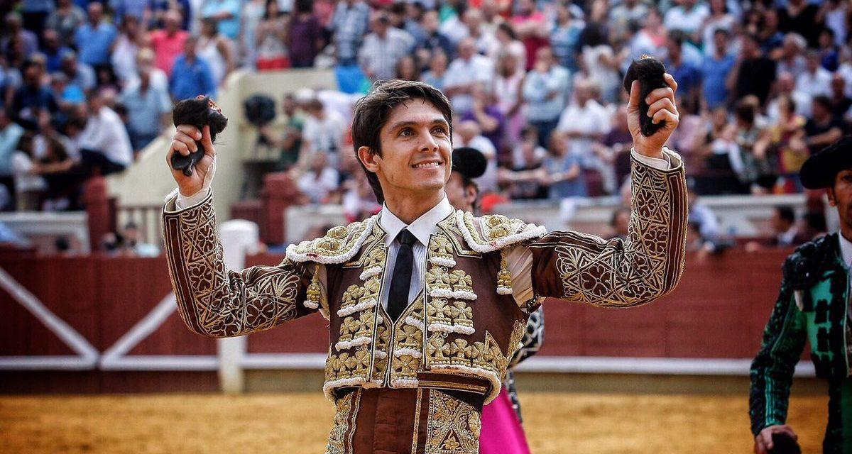 Puerta Grande en Monterrey al matador Sebastián Castella