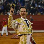 Silveti acapara la atención en Pachuca