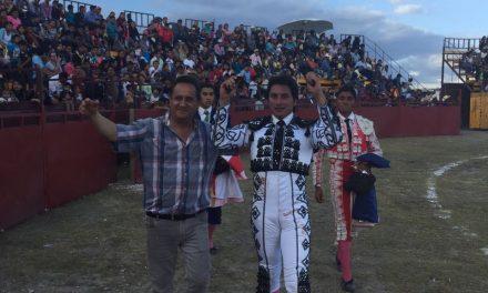 """""""El Gaby"""" cortó dos orejas en Atoyatempan"""
