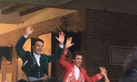Hermoso de Mendoza y Cartagena salen a hombros en Bilbao