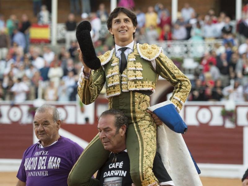 Gran triunfo de Roca Rey en Gijón