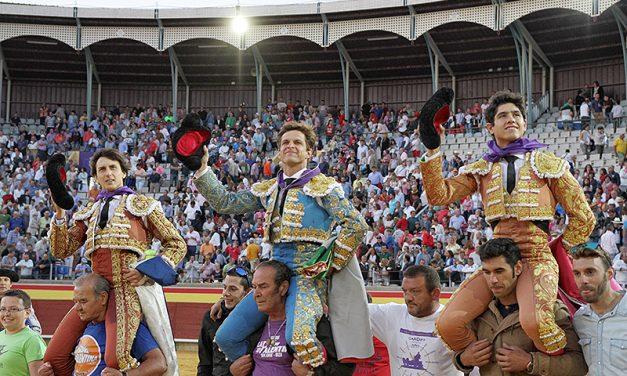 Triunfal tarde de Luis David Adame en Palencia