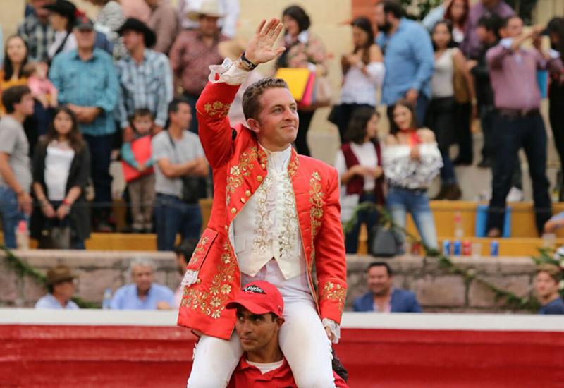 Jorge Hernández triunfador del primer festejo de feria