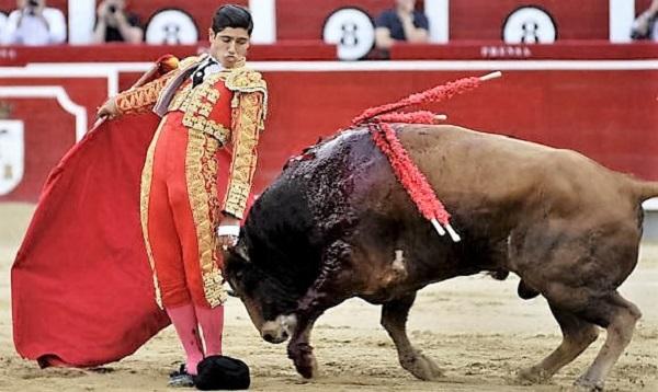 Destacada actuación de Luis David Adame en Madrid