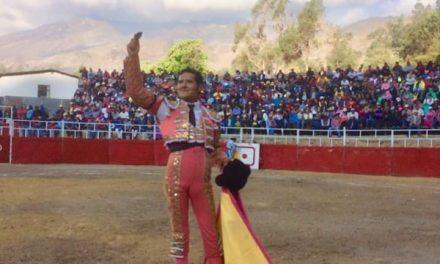Angelino triunfa en Pariamarca