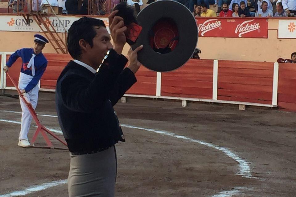 Triunfa Barba en el festival de Aguascalientes