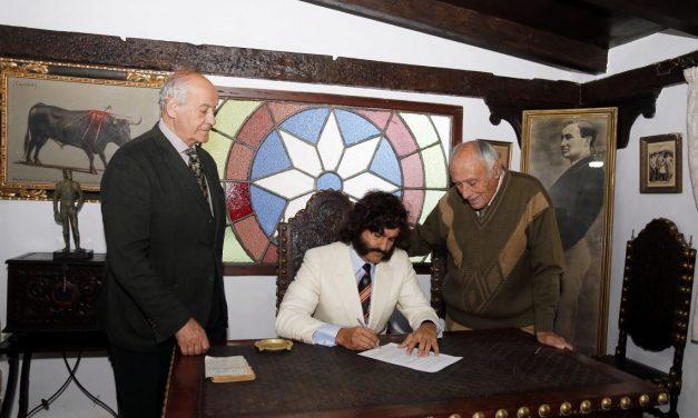 Morante de la Puebla firma su regreso a Sevilla