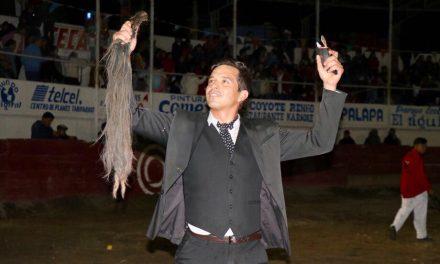 """""""El Chihuahua"""" y Samperio triunfan en Tezontepec"""