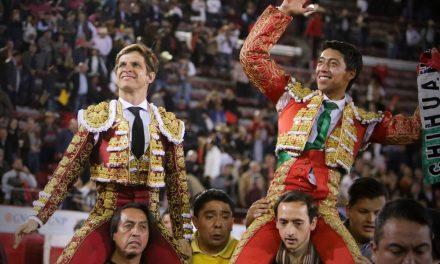 Triunfal tarde de «El Juli» y Sergio Flores