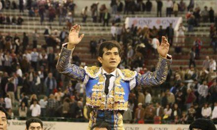 Exitosa tarde de Joselito Adame en Guadalajara