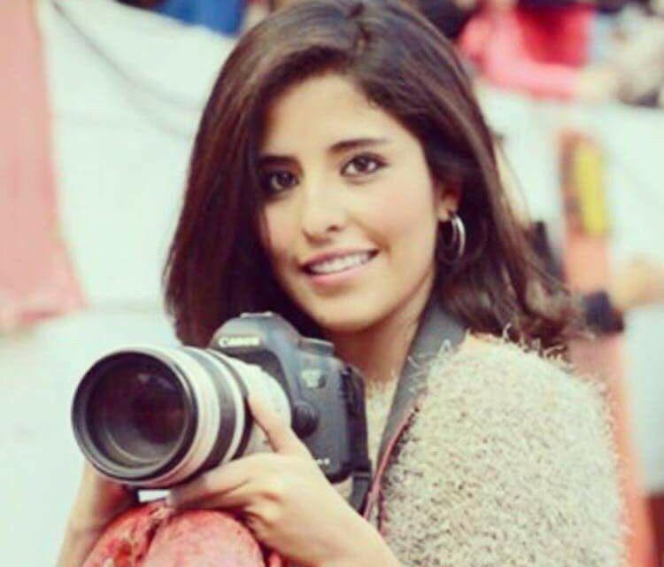 La fotógrafa taurina Daniela Magdaleno se encuentra muy delicada de salud