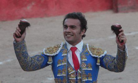 Rodríguez y Sotelo cortan dos orejas en Zacamulpa