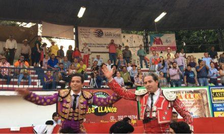 """Comparten triunfo Martínez Vértiz y """"El Chihuahua"""""""