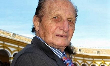 Muere el famoso rejoneador Ángel Peralta