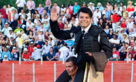 Triunfa el novillero mexicano Fernando Carrillo en Colombia