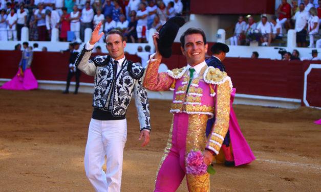 Actuación digna de Macías