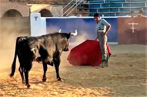 Gerardo Rivera se prepara en el campo español