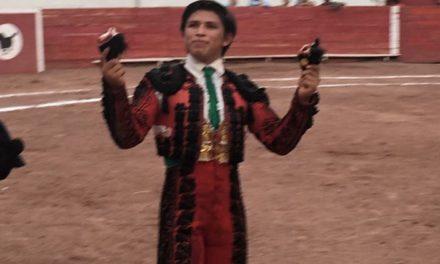 De Santiago y Román comparten triunfo