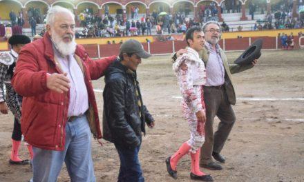 José María Macías cortó dos orejas en Tlaxcala