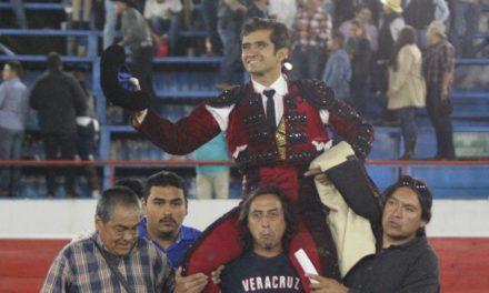 Joselito sale a hombros en Uriangato