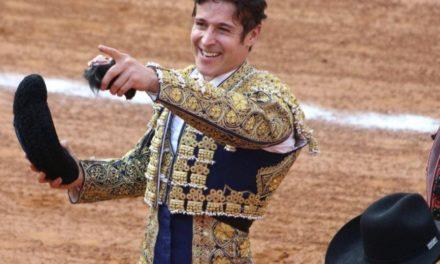 Oreja y trofeo para Pizarro