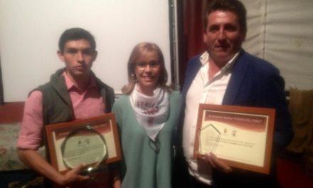Isaac Fonseca recibe reconocimiento