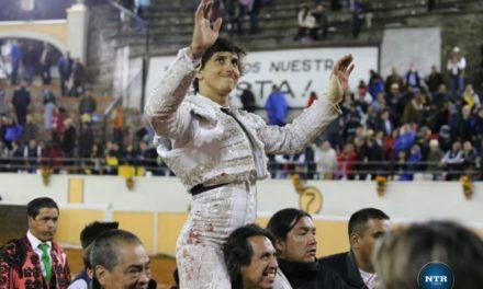 Roca Rey sale a hombros en Juriquilla