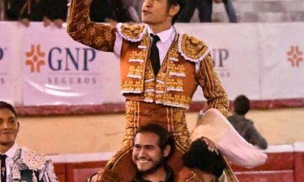 «El Zapata» triunfa en Irapuato
