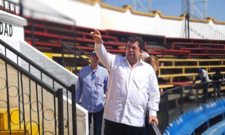 Pedro Haces supervisó la remodelación del coso «El Relicario»