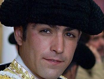 «Pelotón» de diez matadores a la México