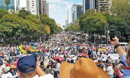 Mega marcha en favor de la Fiesta Brava