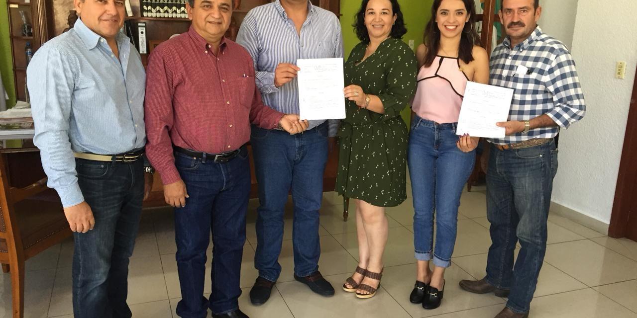"La Empresa Mundo Torero firma por tres años ""La Petatera"""