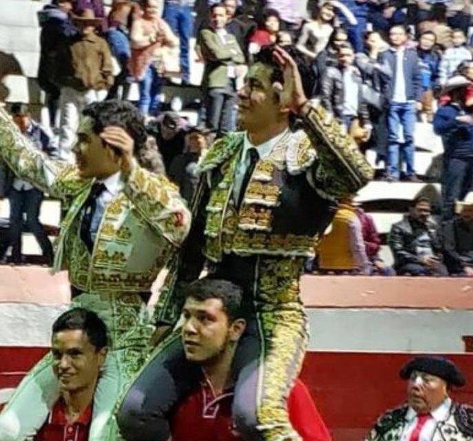 Triunfal tarde de «El Zapata» y Magaña en Puruándiro