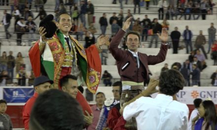 Cartagena y Silveti salen a hombros en León