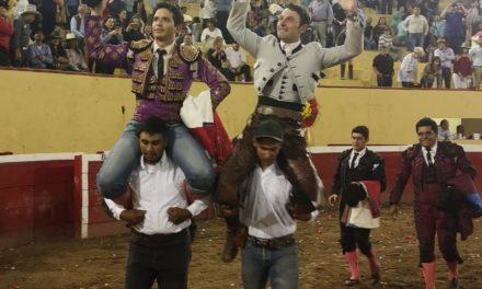 Cartagena y El Chihuahua salen a hombros