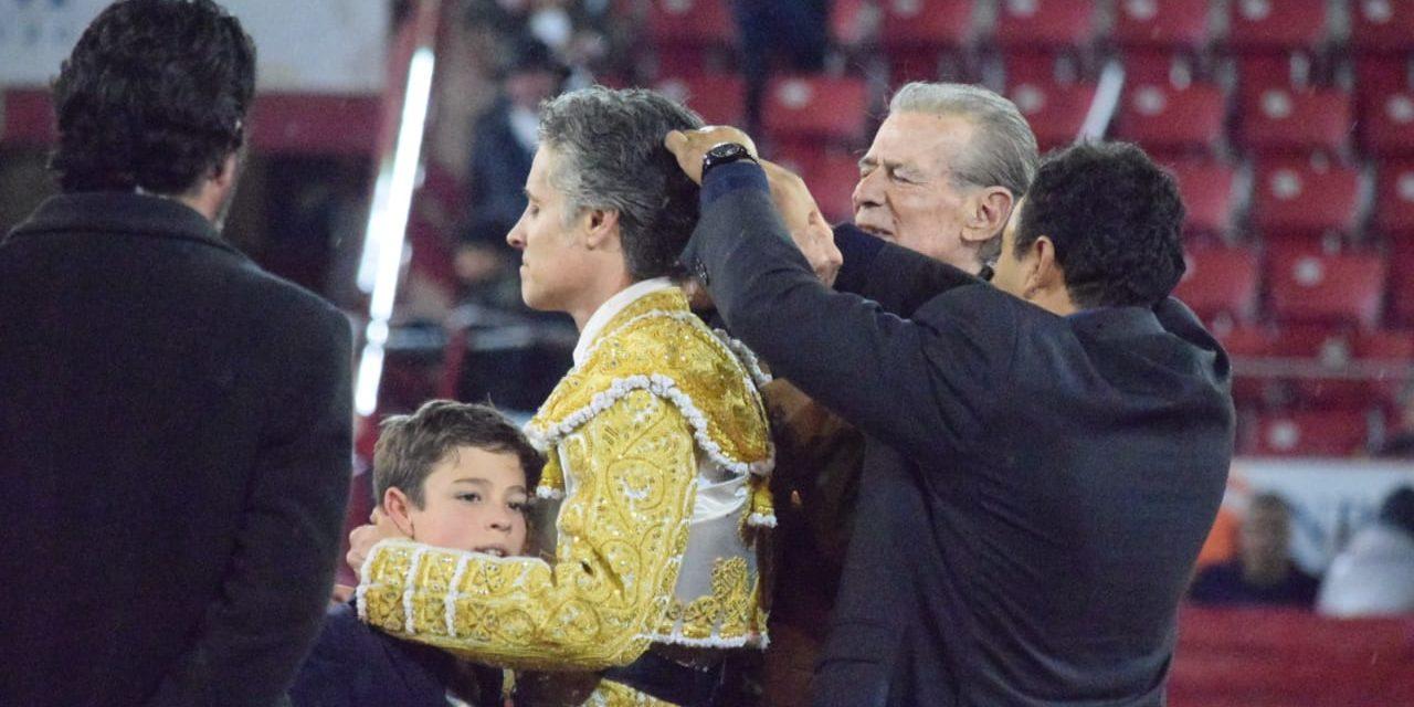 Emotivo adiós de Pizarro
