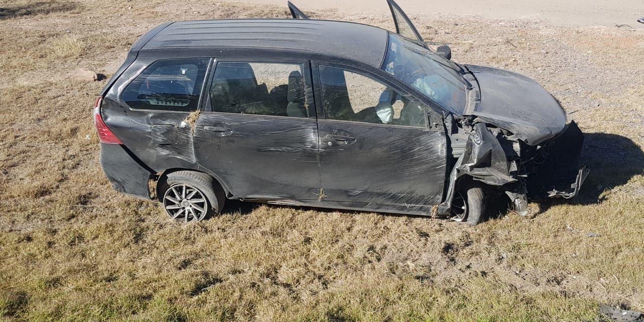Brandon Campos y su padre sufren accidente automovilístico