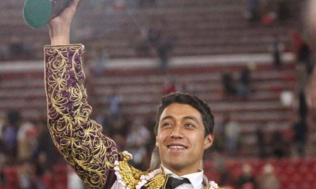 "Sergio Flores gana la ""Oreja de Oro"""