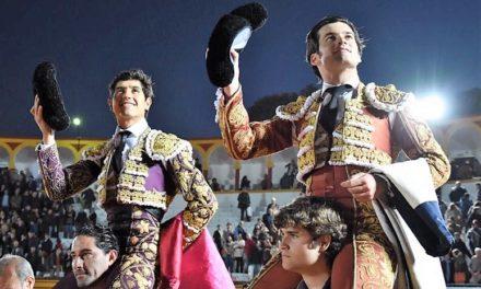 Luis David y Garrido salen ahombros en Olivenza