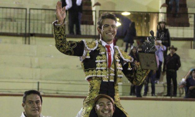 """Arturo Macías se lleva el trofeo """"Silverio Pérez"""" como triunfador"""