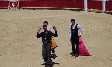 El novillero sin picadores Iñaki González triunfa en Albacete