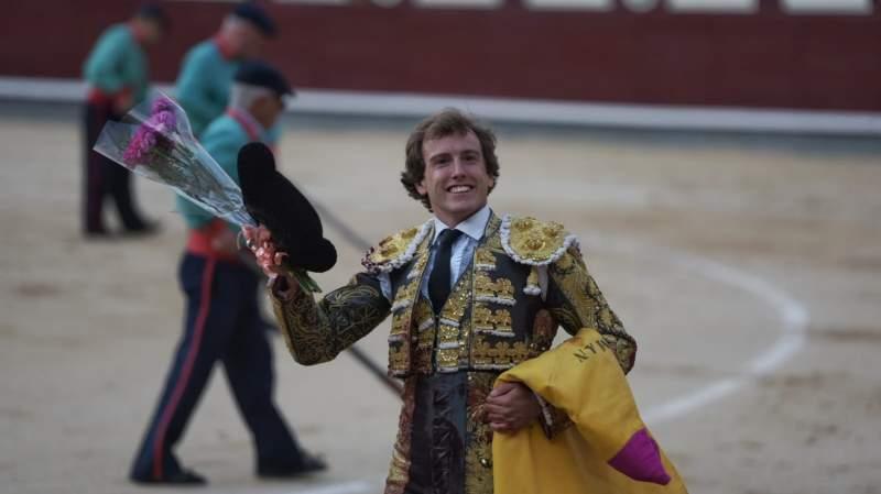 Román y Lorenzo a punto de conseguir el triunfo, Joselito sin suerte