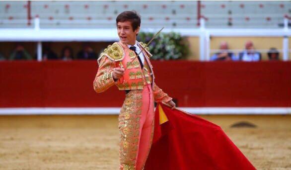 Arturo Gilio vuelve a México