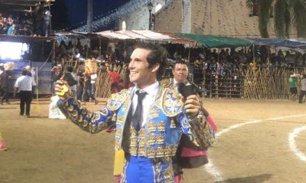 Curro Durán triunfa en Tekit